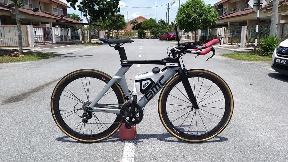 2018-19 BMC TimeMachine TM02 THREE 105 Triathlon Bike